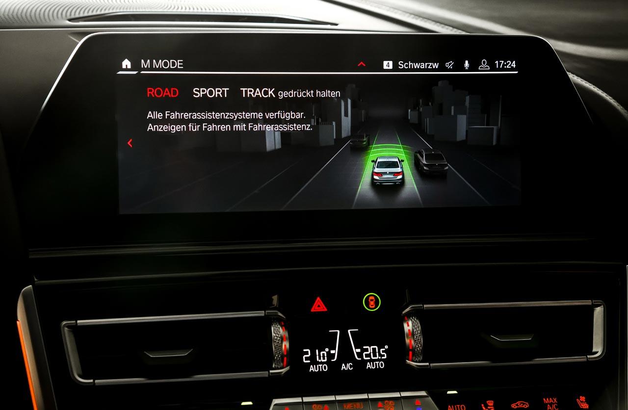 Interior Nuevo BMW M8