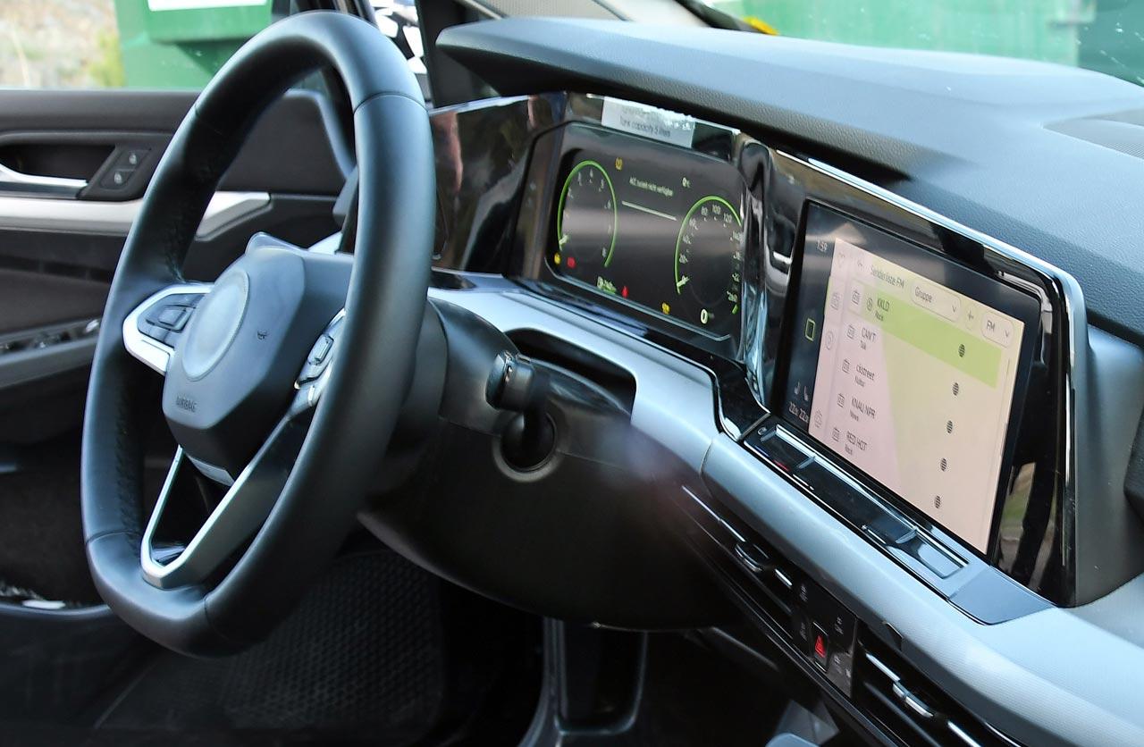 Así es el interior del próximo Volkswagen Golf