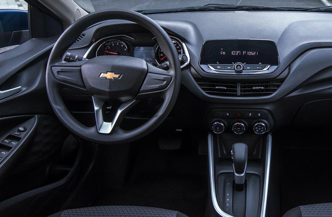 Nuevo Chevrolet Onix: cómo es la versión estándar - Mega Autos