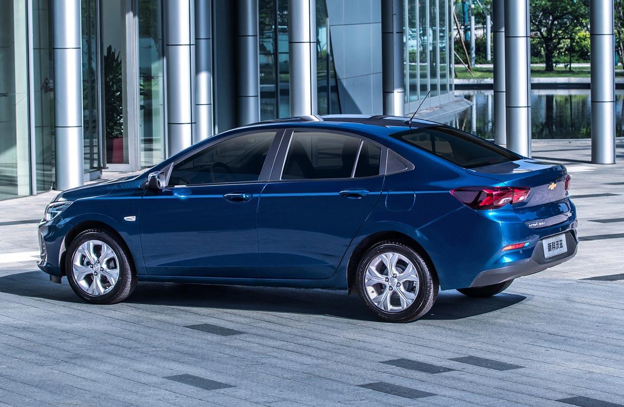 Chevrolet Onix Sedan 2020 Trasera Mega Autos