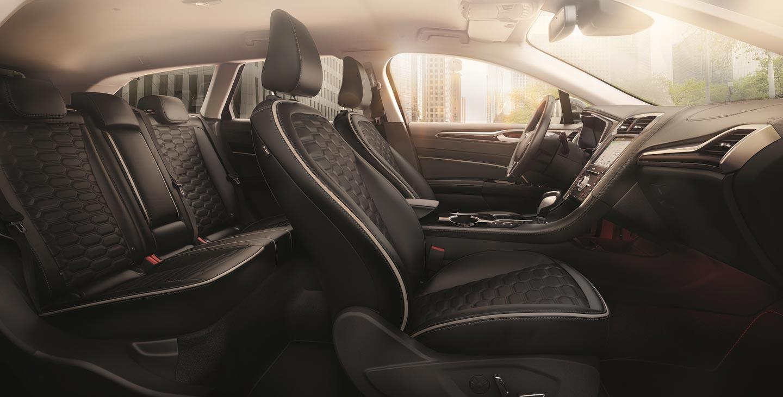 Interior Nuevo Ford Mondeo Vignale Híbrido