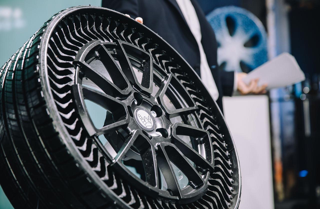 Neumático Michelin Uptis sin aire anti pinchazos