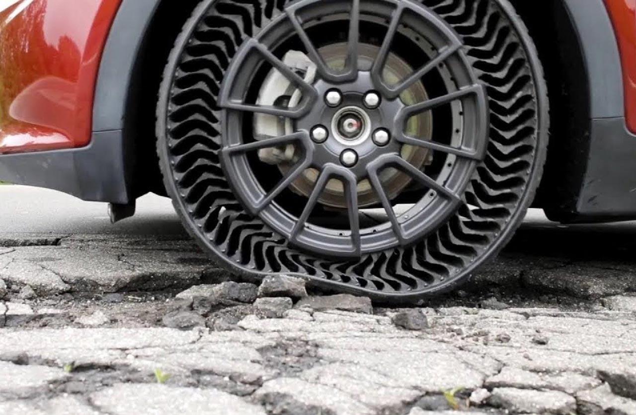 Plus jamais de cric : Michelin invente un pneu increvable ! (vidéo) Par Robin Ecoeur Neumatico-sin-aire-michelin-uptis-1