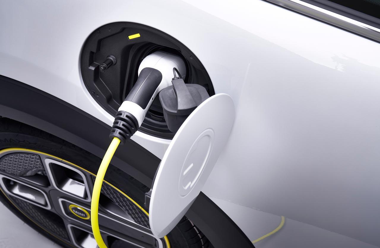 Carga Mini Cooper SE eléctrico