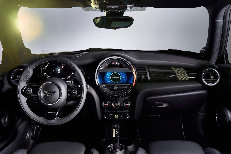 Interior Mini Cooper SE eléctrico