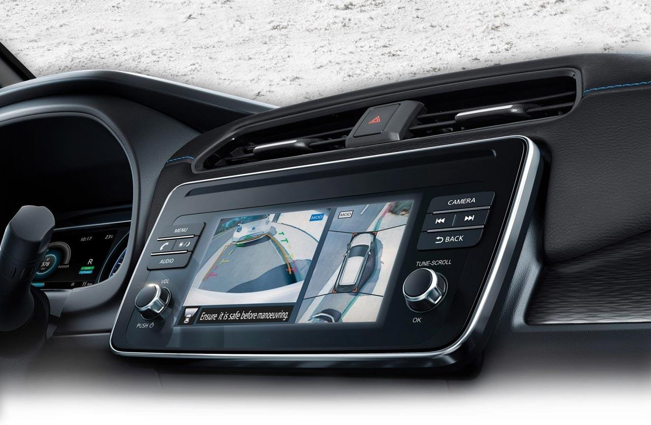 Multimedia Nissan Leaf