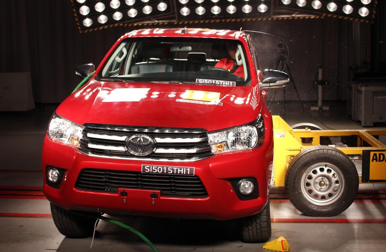 Toyota Hilux 5 estrellas Latin Ncap