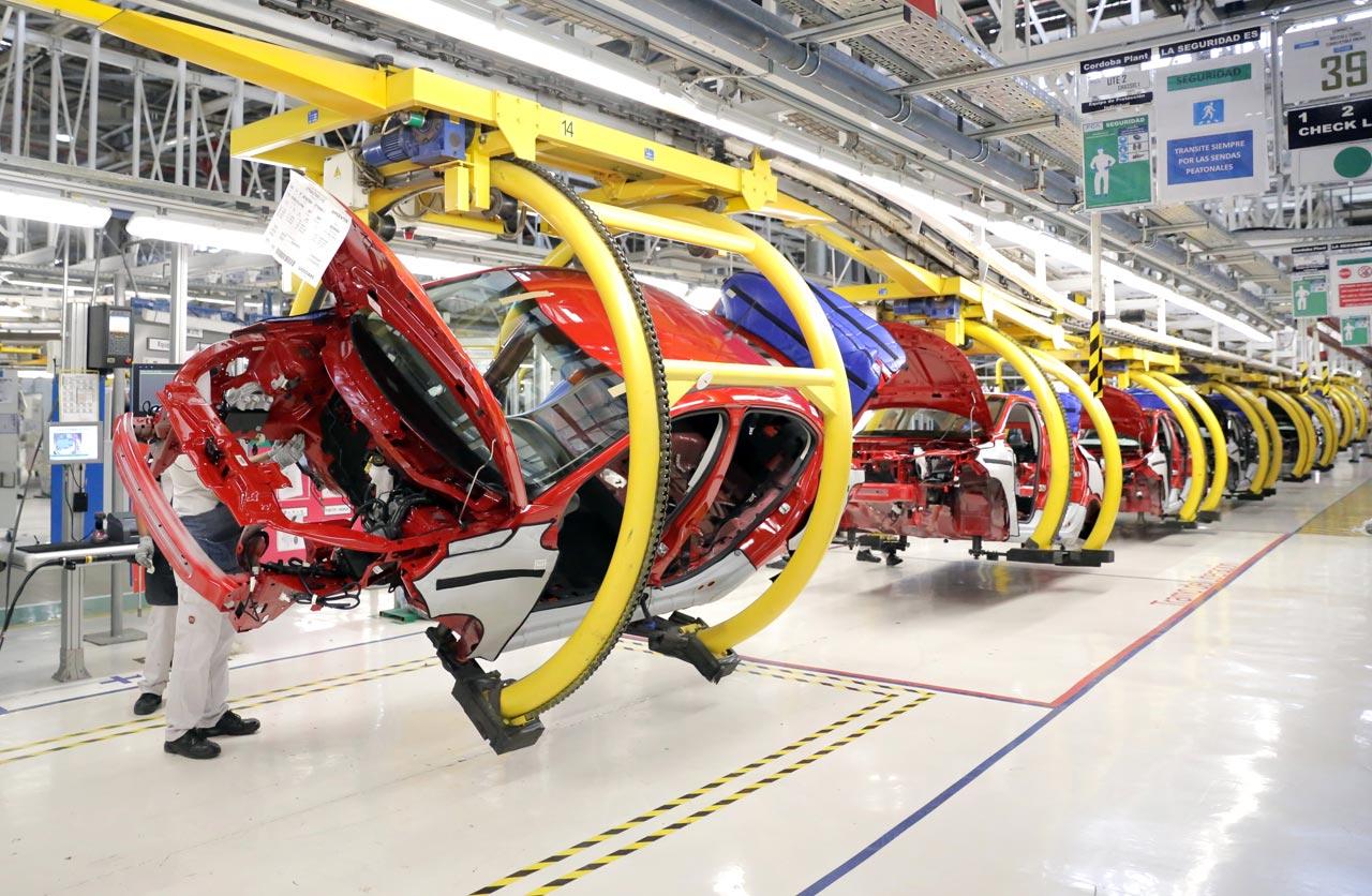 Fiat Cronos fabricación
