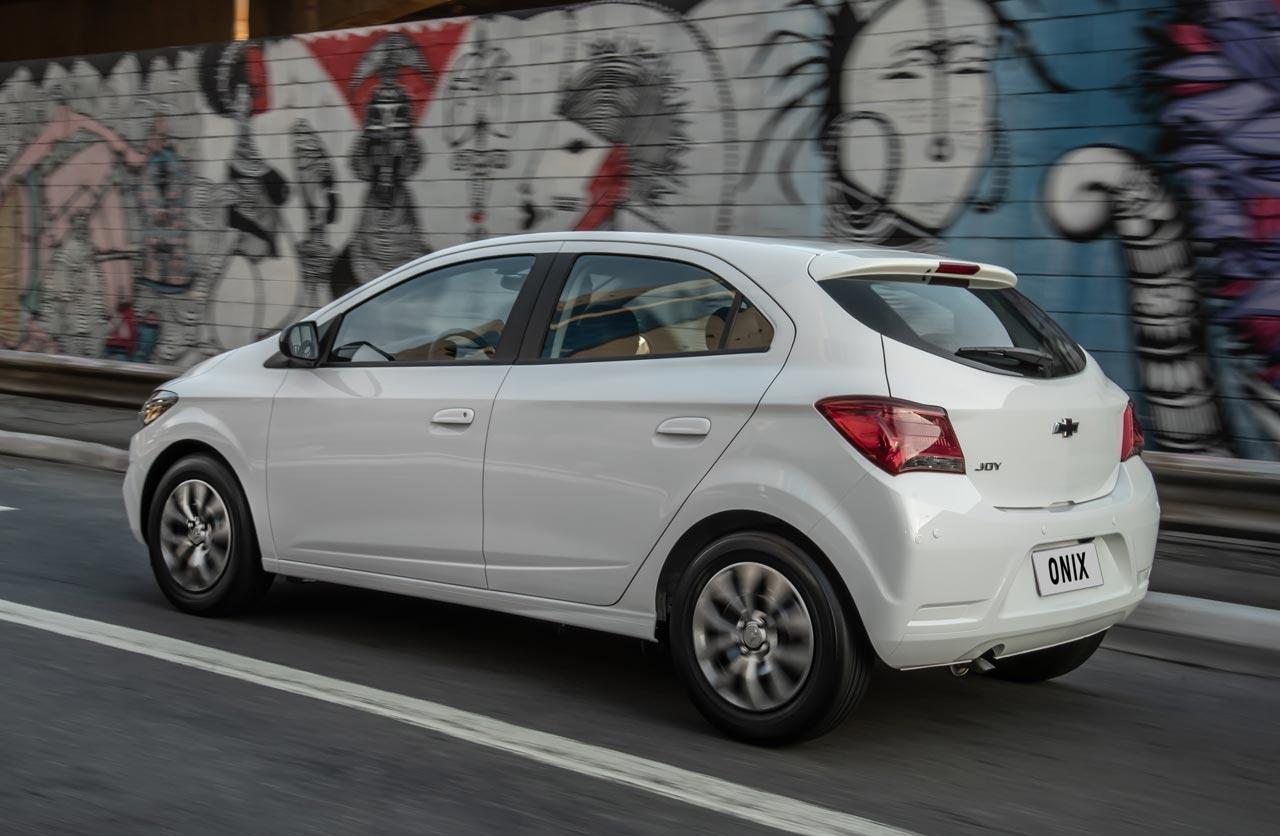 Nuevo Chevrolet Onix Joy 2020