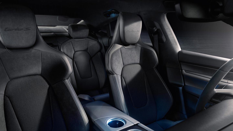 Interior Porsche Taycan Turbo S
