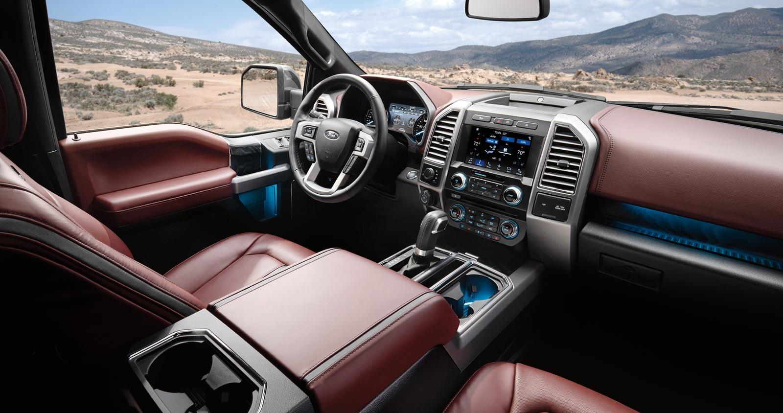 Interior Ford F-150 Lariat Luxury