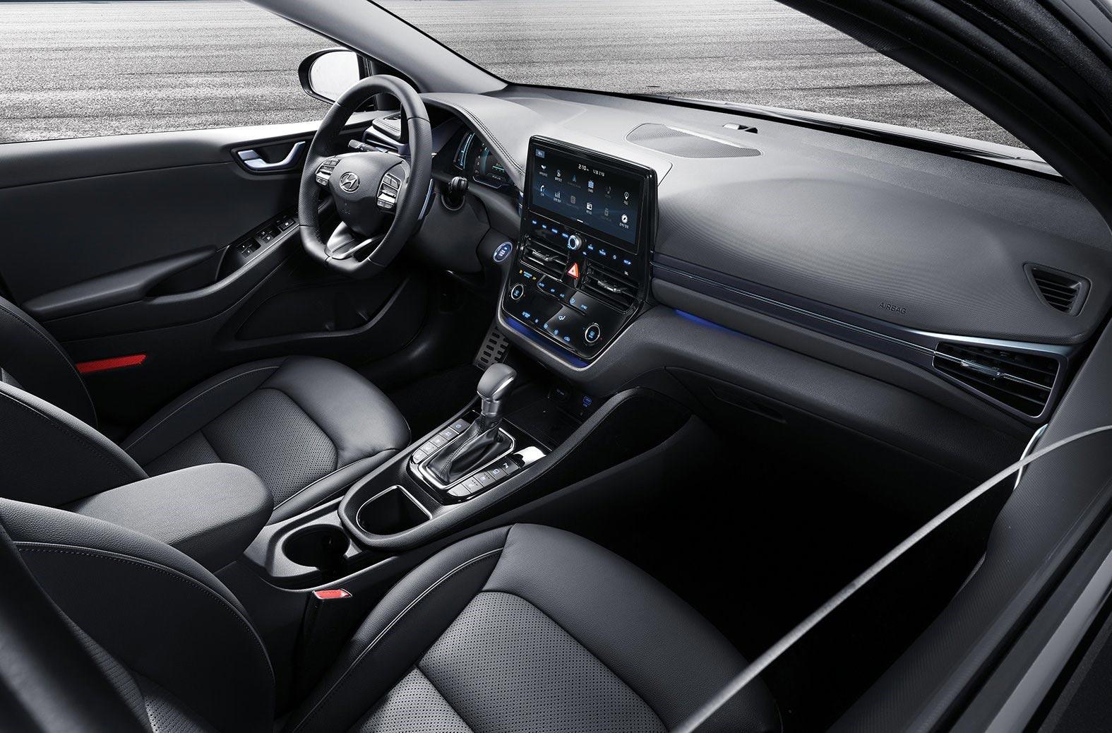 Interior Hyundai Ioniq 2020