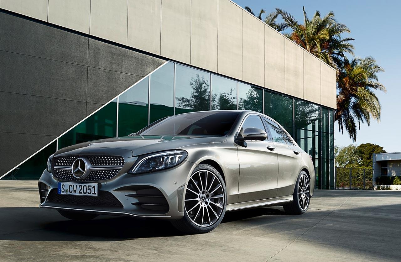 Llegó el restyling del Mercedes-Benz Clase C