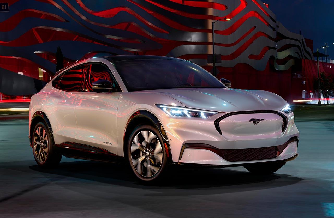 SUV eléctrico: Ford presentó el Mustang Mach-E