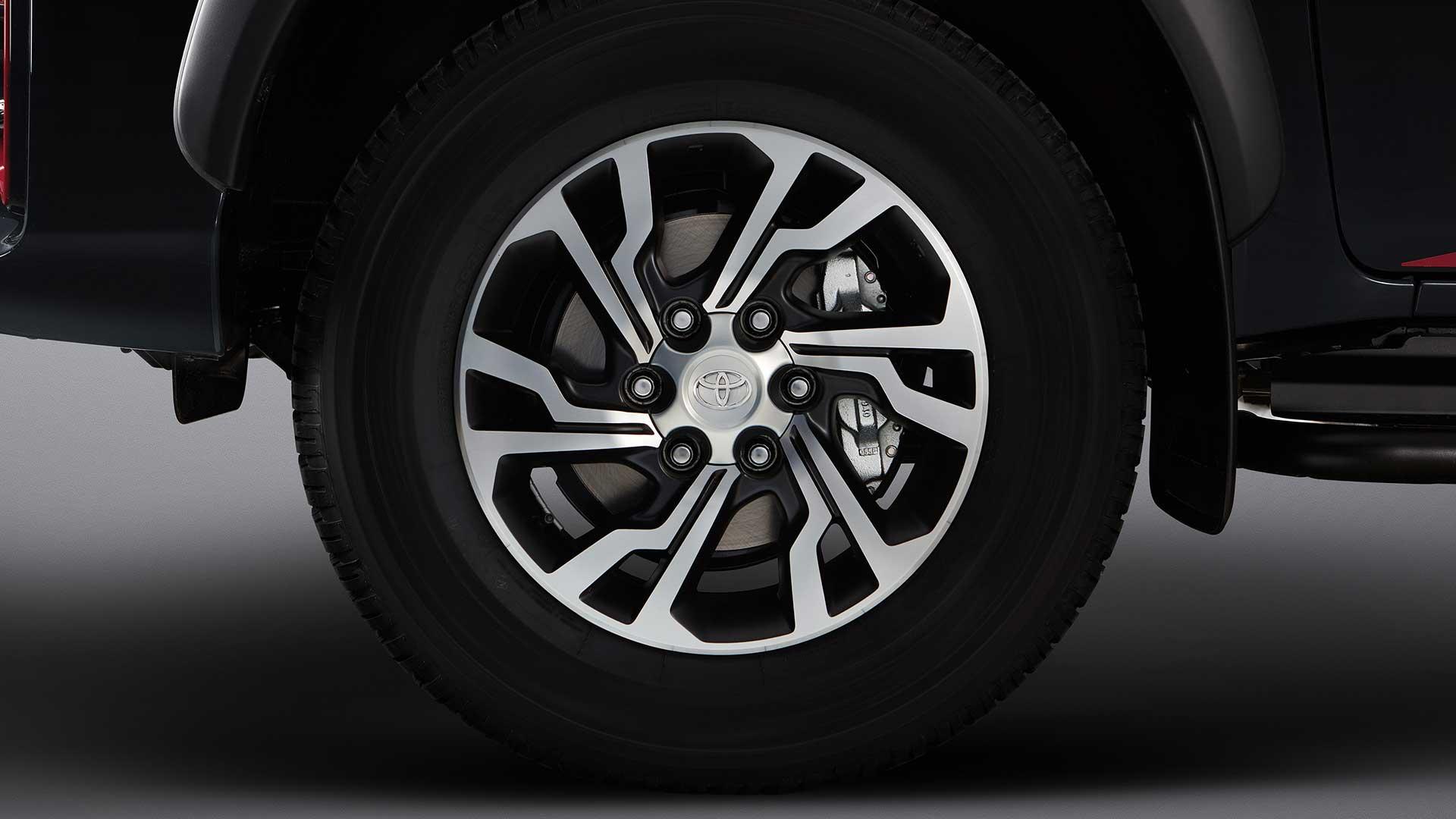 Llantas Toyota Hilux GR-Sport II V6
