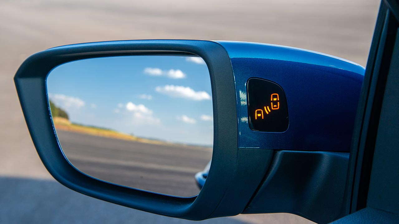Alerta de punto ciego Nuevo Chevrolet Onix Premier
