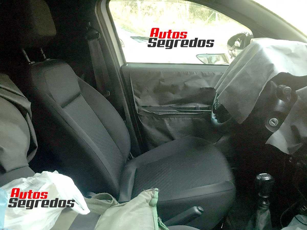 Fiat Strada 2021 foto interior