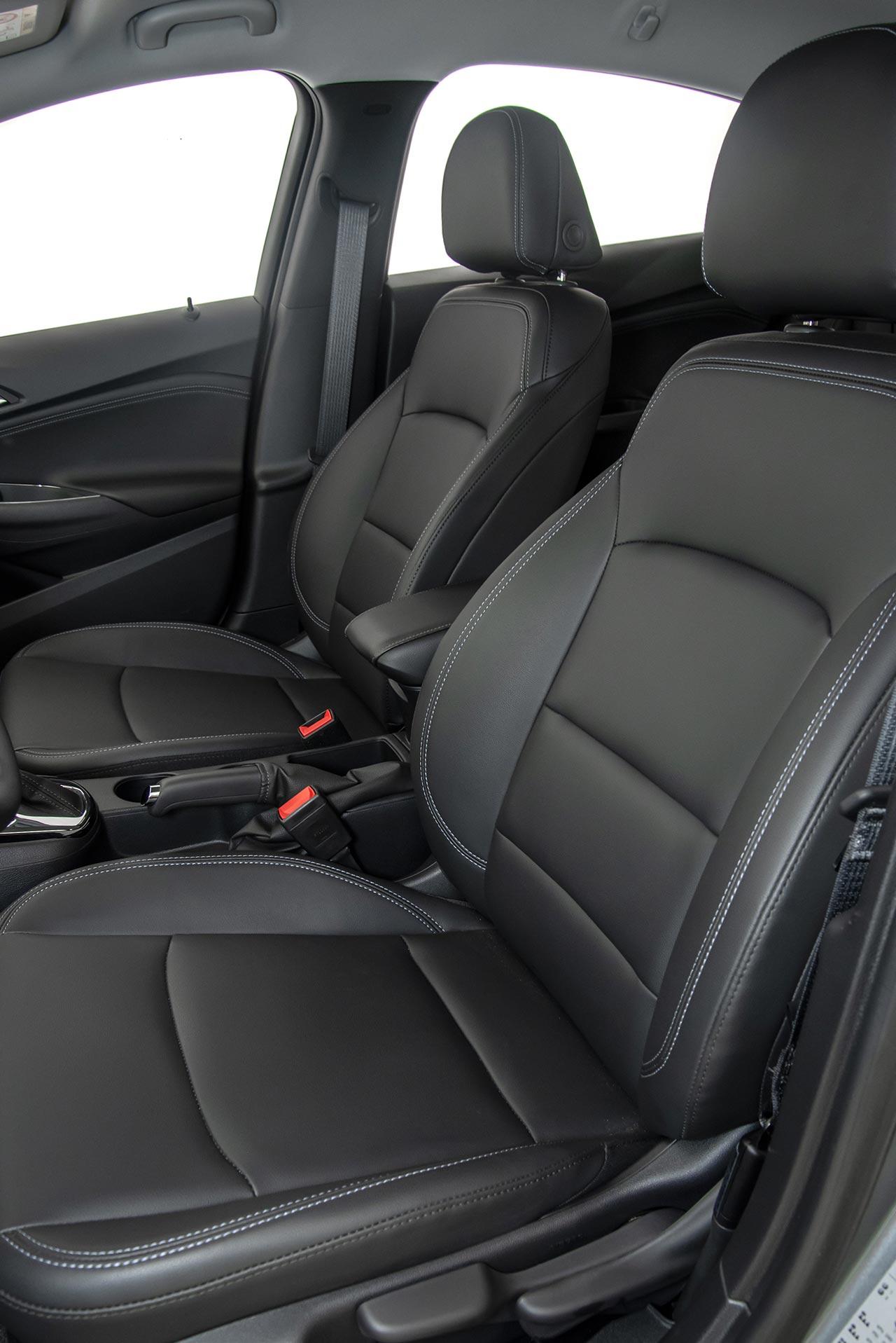Interior nuevo Chevrolet Cruze LT