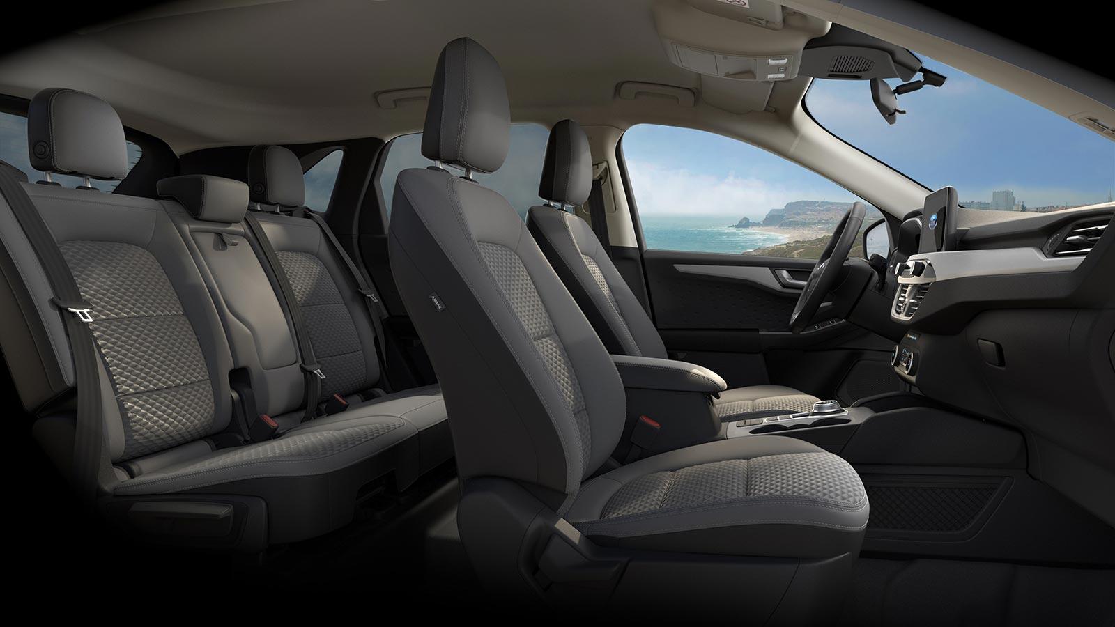 Interior Nuevo Ford Kuga híbrido