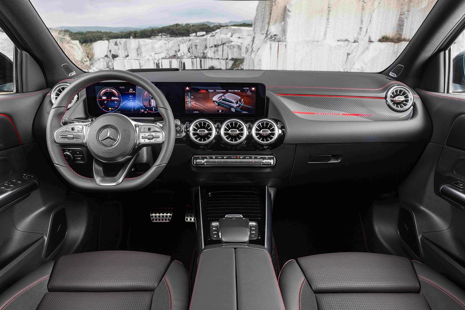 Interior nuevo Mercedes-Benz GLA 2021