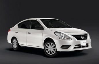 Nissan: sale Versa, entra V-Drive