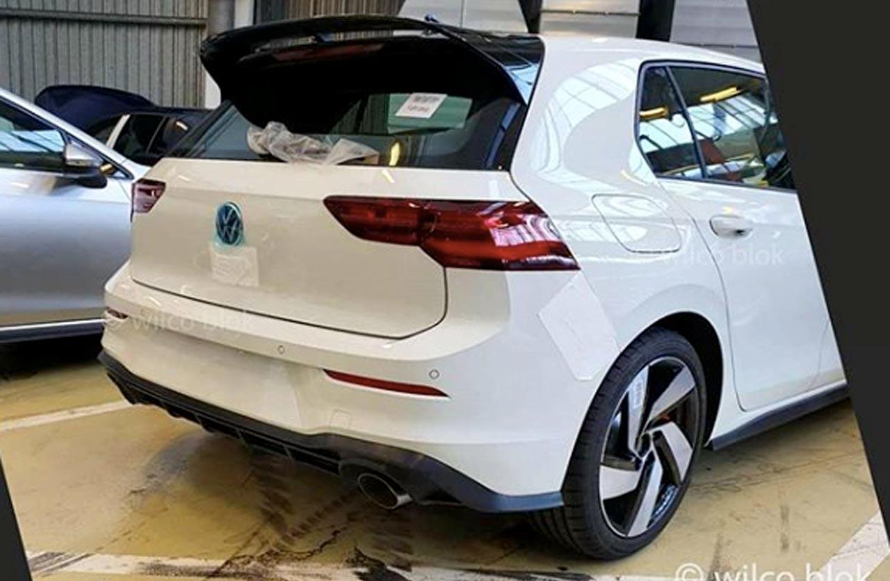 El nuevo Volkswagen Golf GTI se empieza a destapar