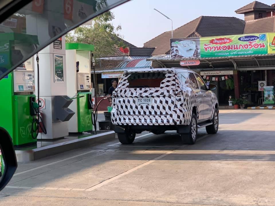 Toyota SW4 restyling 2020