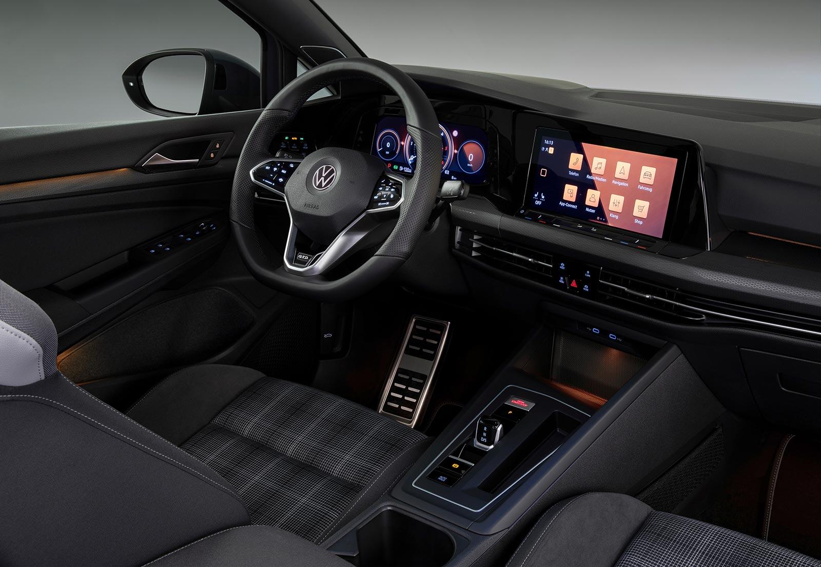 Interior Nuevo Volkswagen Golf 8 GTD