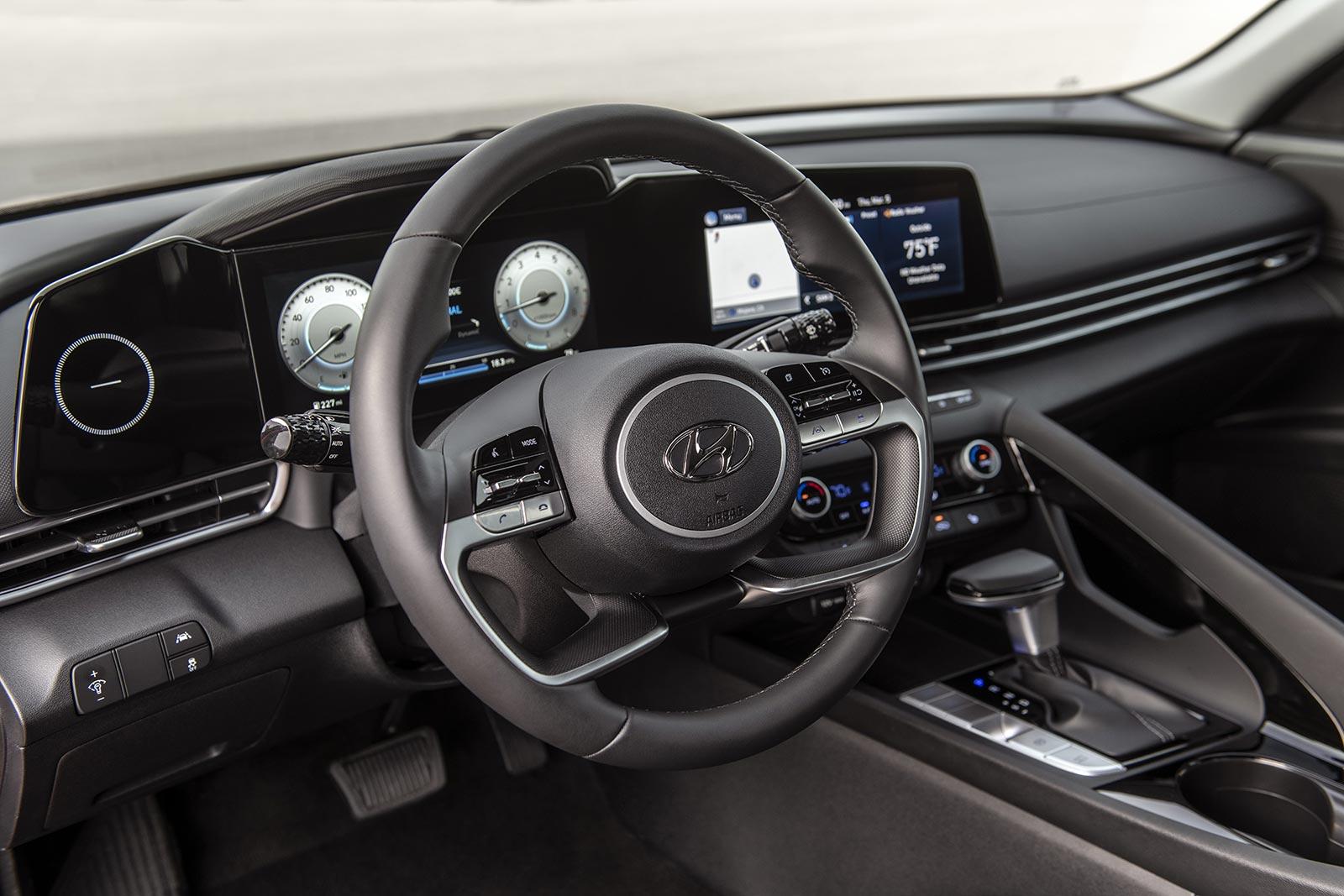 Interior nuevo Hyundai Elantra 2021