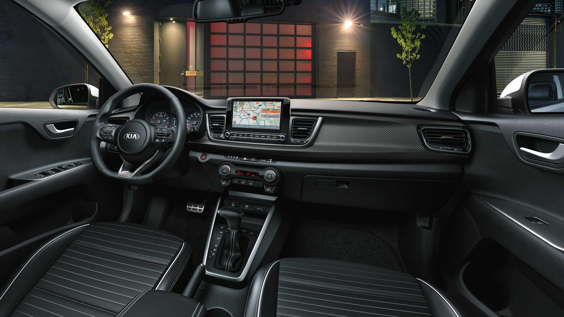 Interior Kia Rio 2021 restyling
