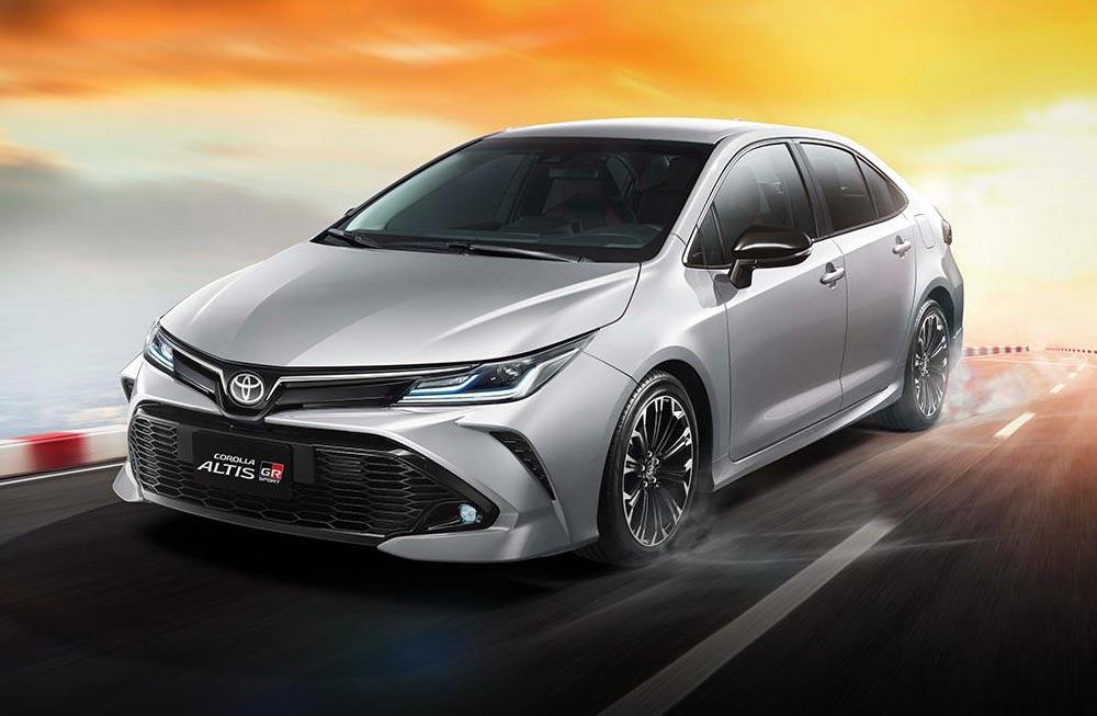 El Toyota Corolla GR Sport, también sedán