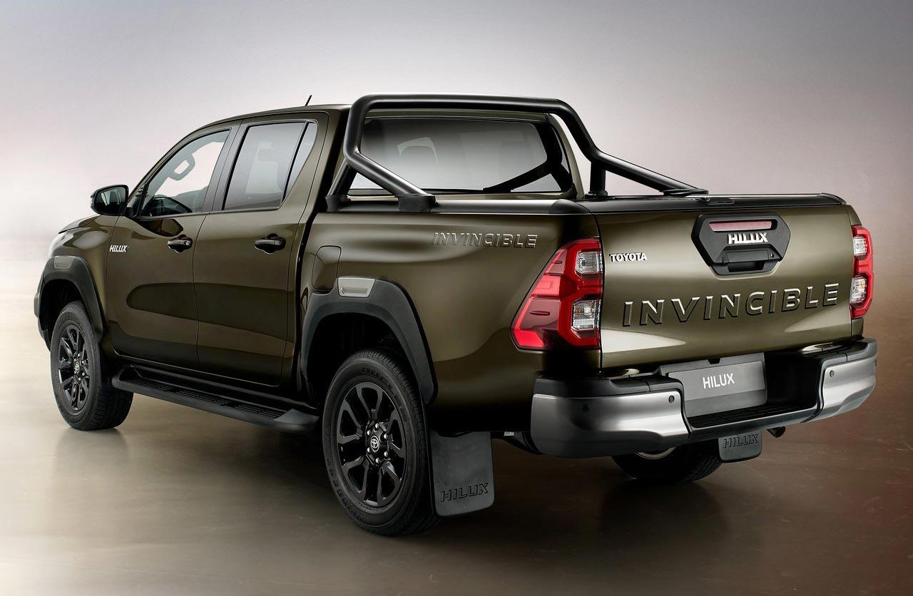 Toyota Hilux 2021 Invincible