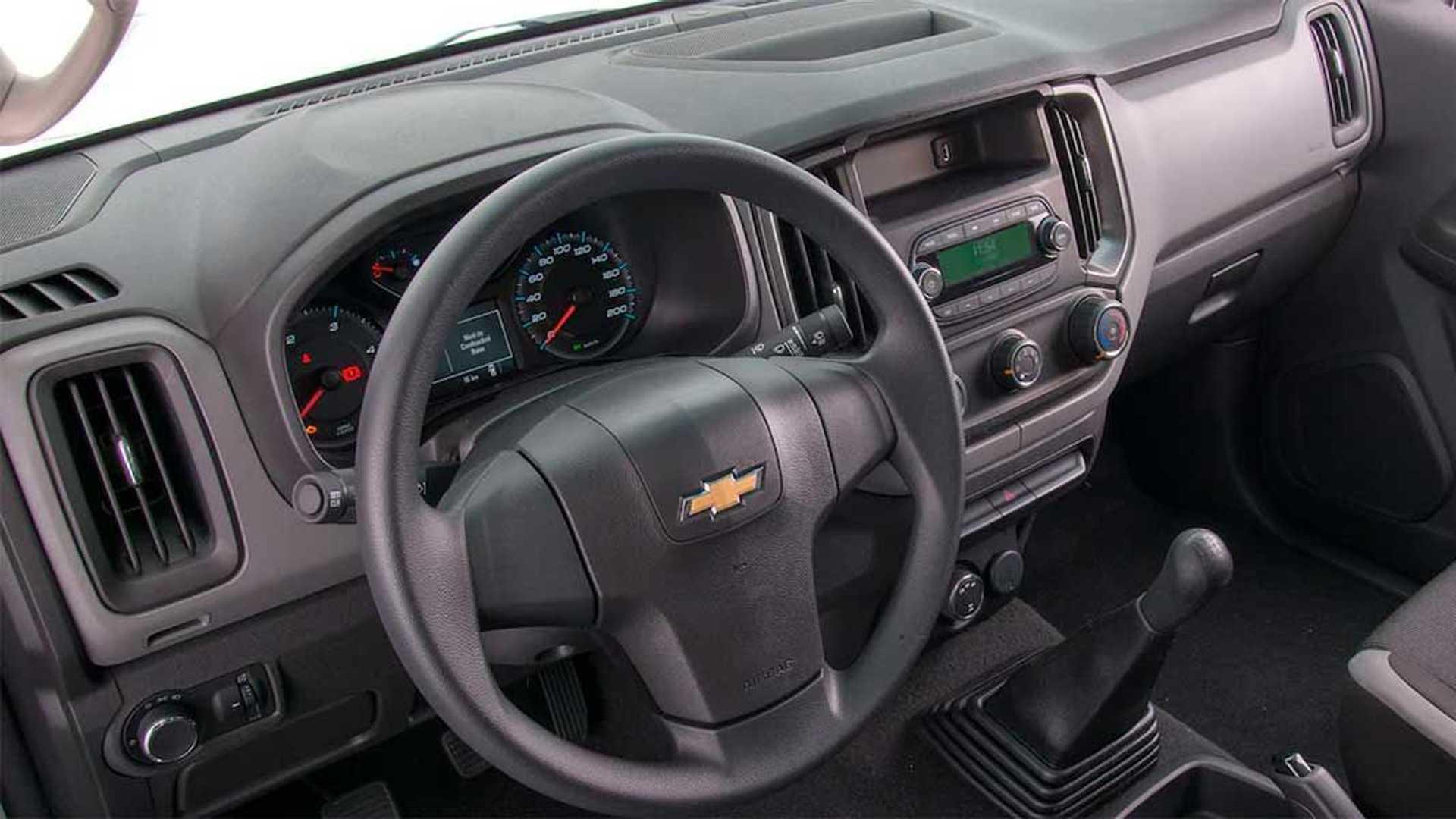 Interior Chevrolet S10 Cabina Simple (2021)