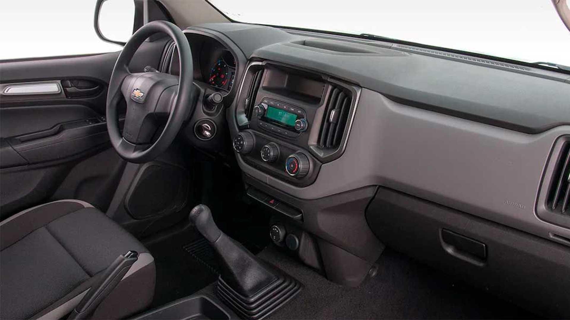 Interior nueva Chevrolet S10 Cabina Simple (2021)