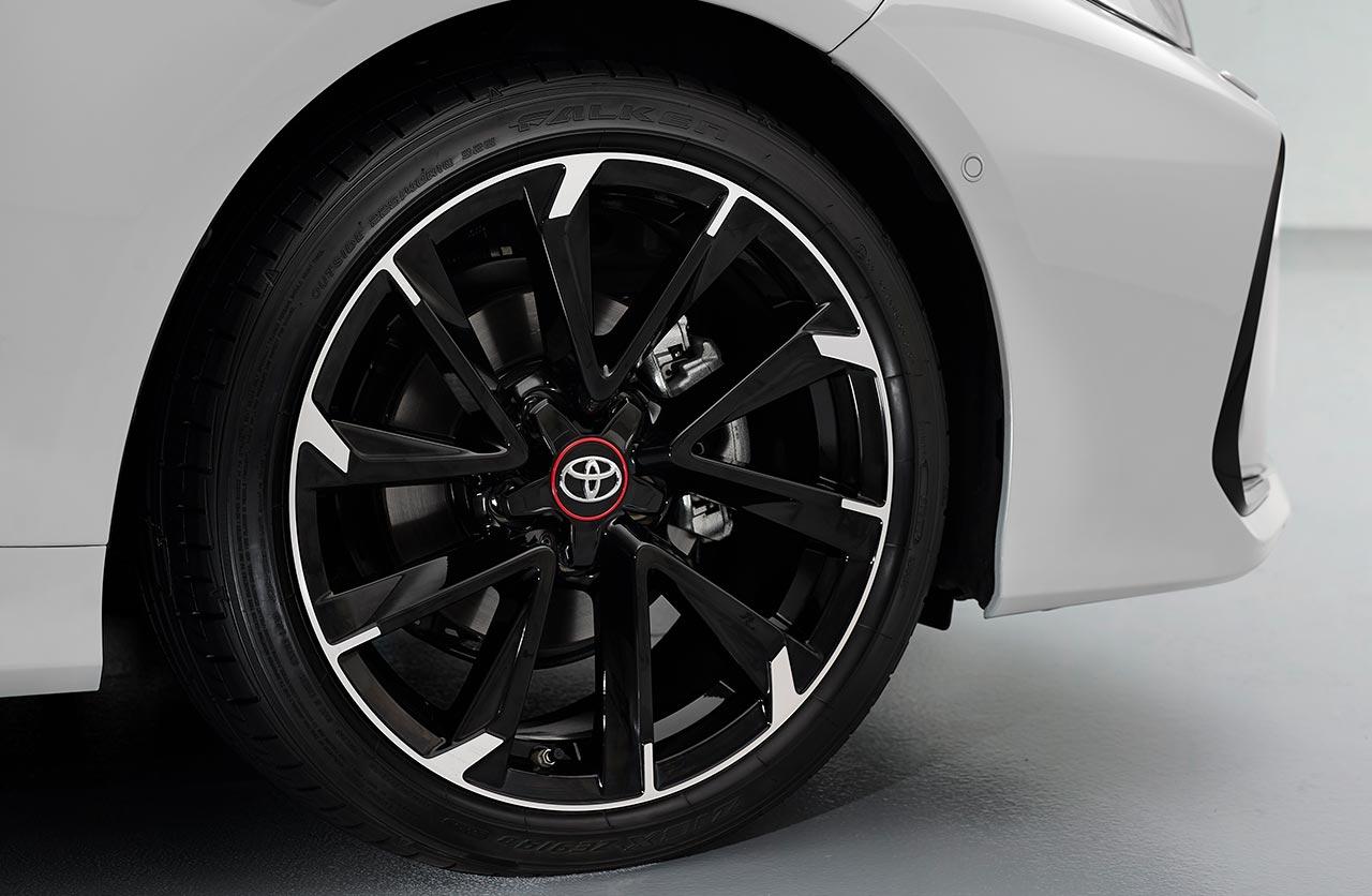 Llantas Toyota Corolla GR Sport sedán