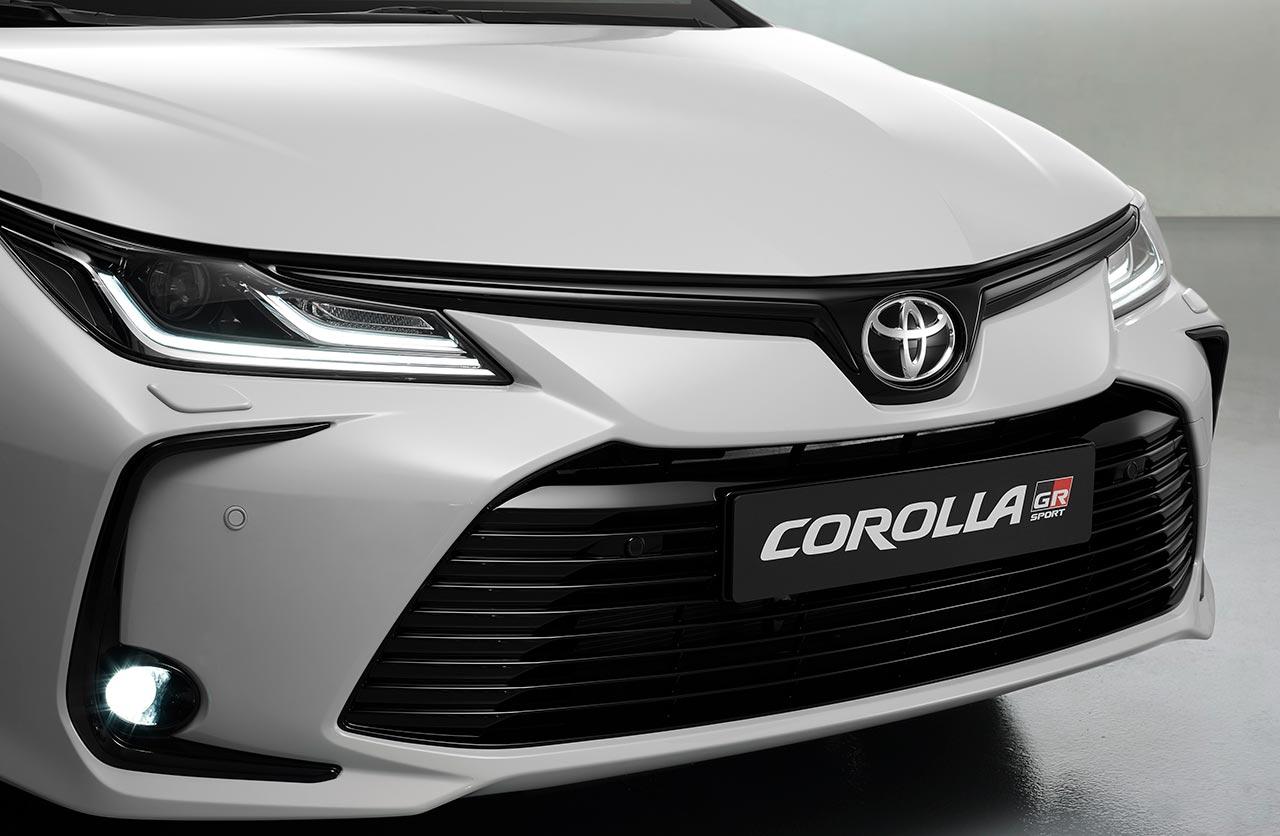 Toyota Corolla GR Sport sedán