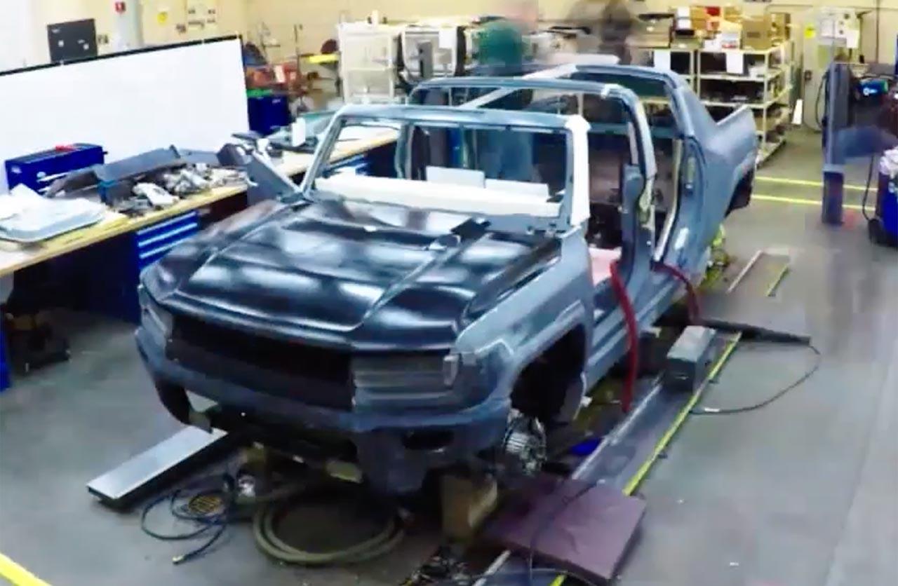 GMC Hummer EV pick up