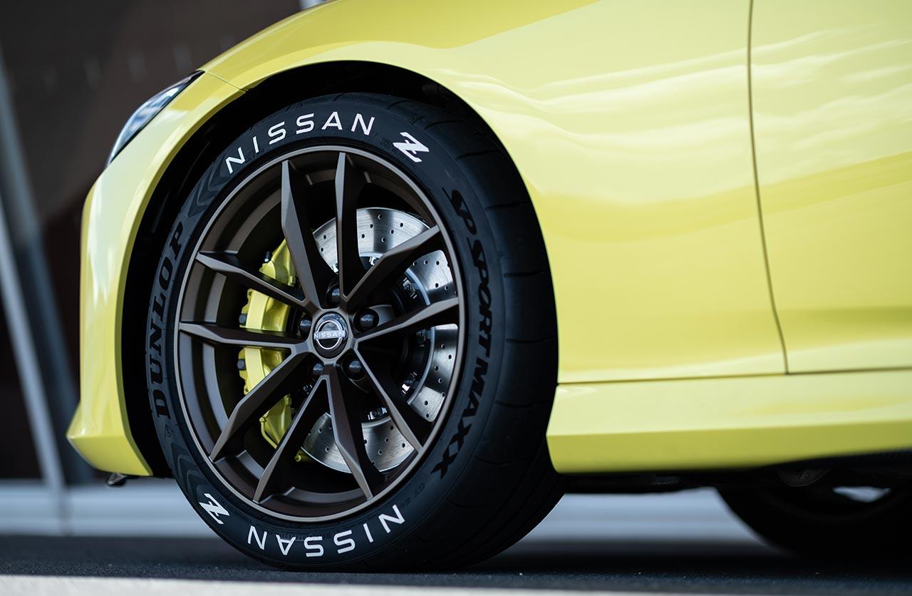 Llantas Nissan Z Proto