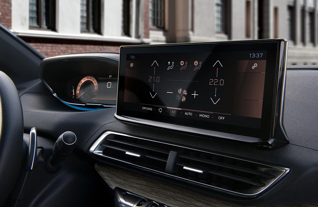 Nueva pantalla Peugeot 3008 (2021)
