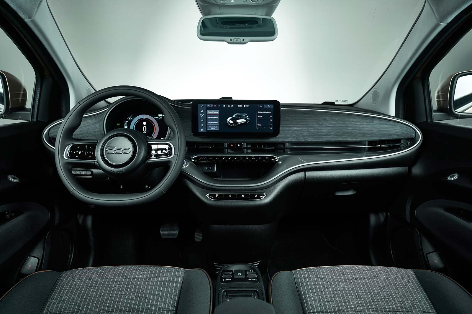 Interior Fiat 500 3+1