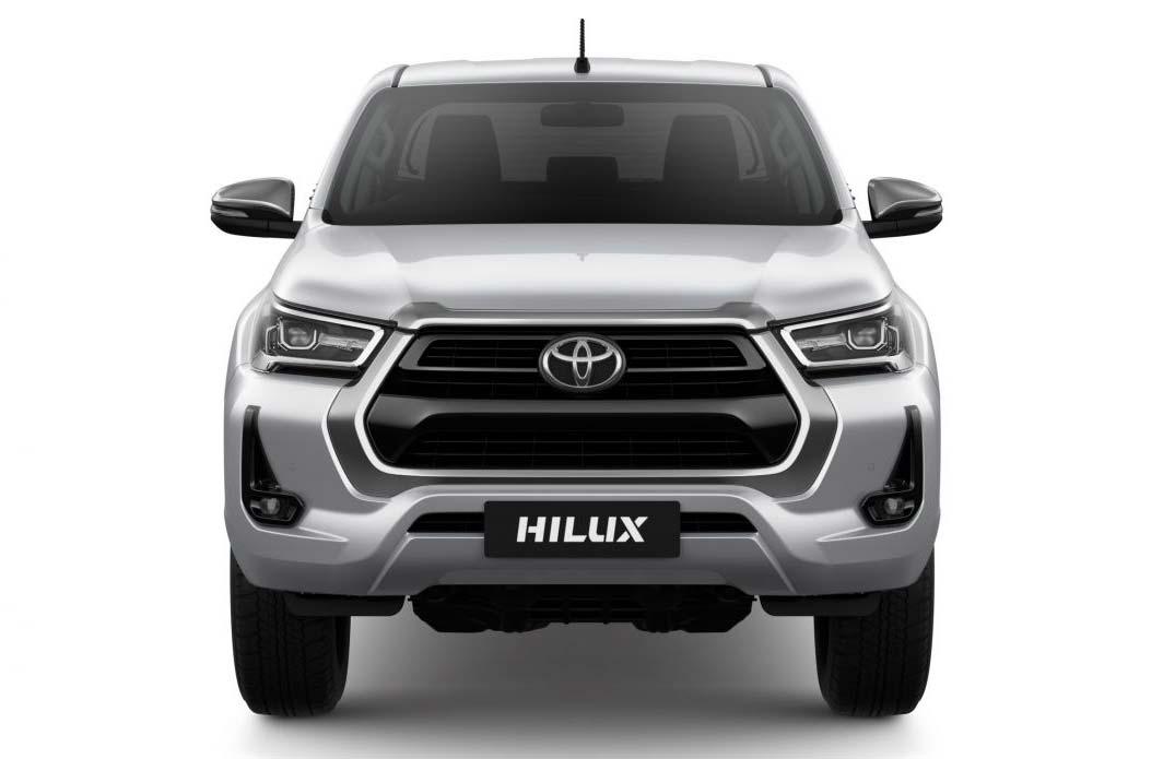 Se viene el restyling de la Toyota Hilux