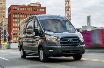 Ford presentó la E-Transit, 100% eléctrica