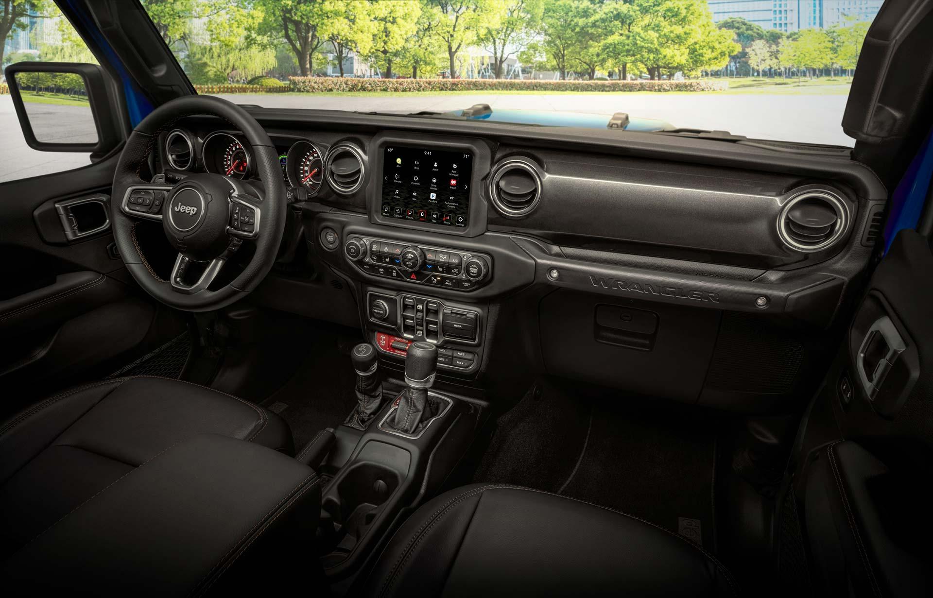 Interior Jeep Wrangler Rubicon 392