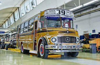 Mercedes-Benz 1114: el clásico colectivo argentino cumple 50 años