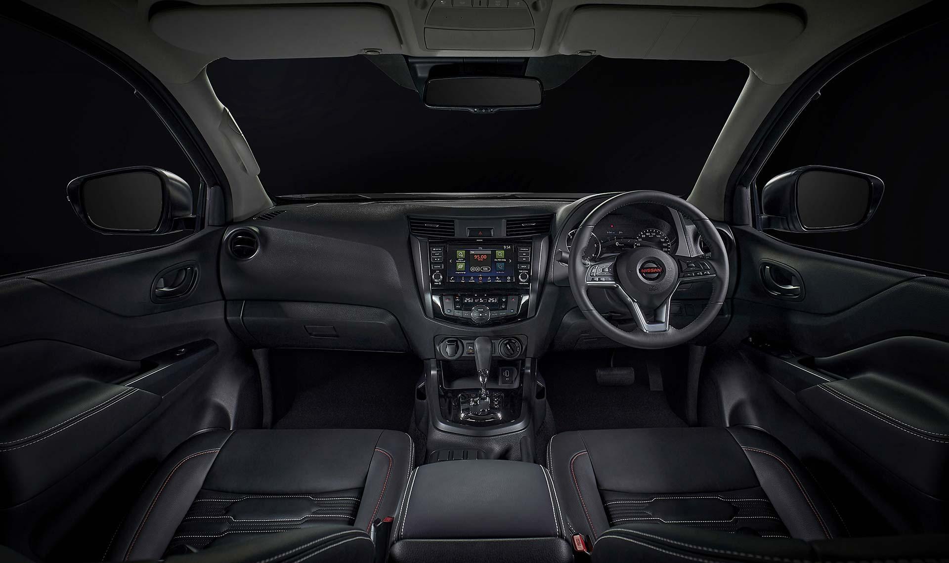 Interior Nueva Nissan Frontier 2021