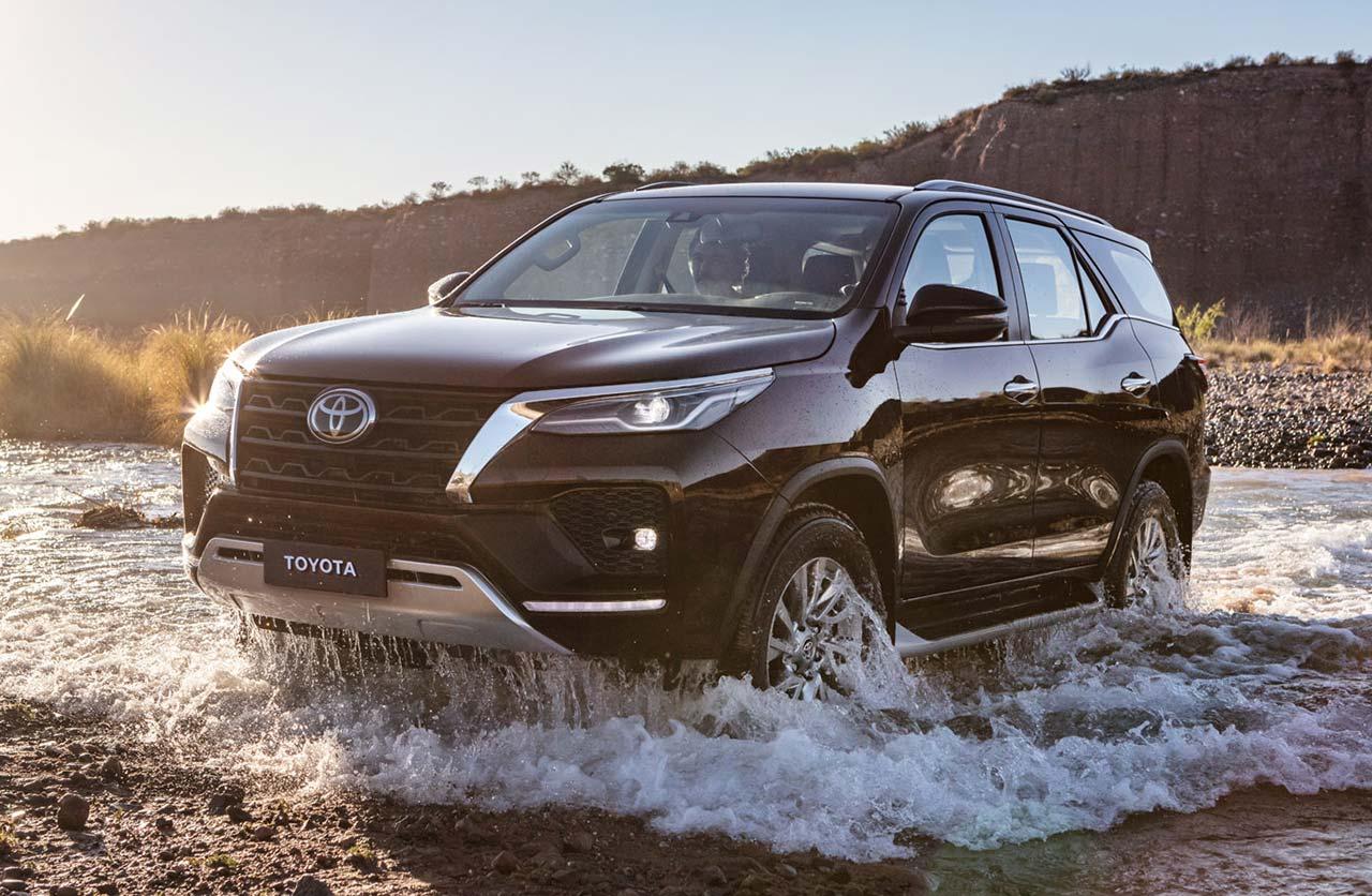 Nuevas versiones para la Toyota SW4