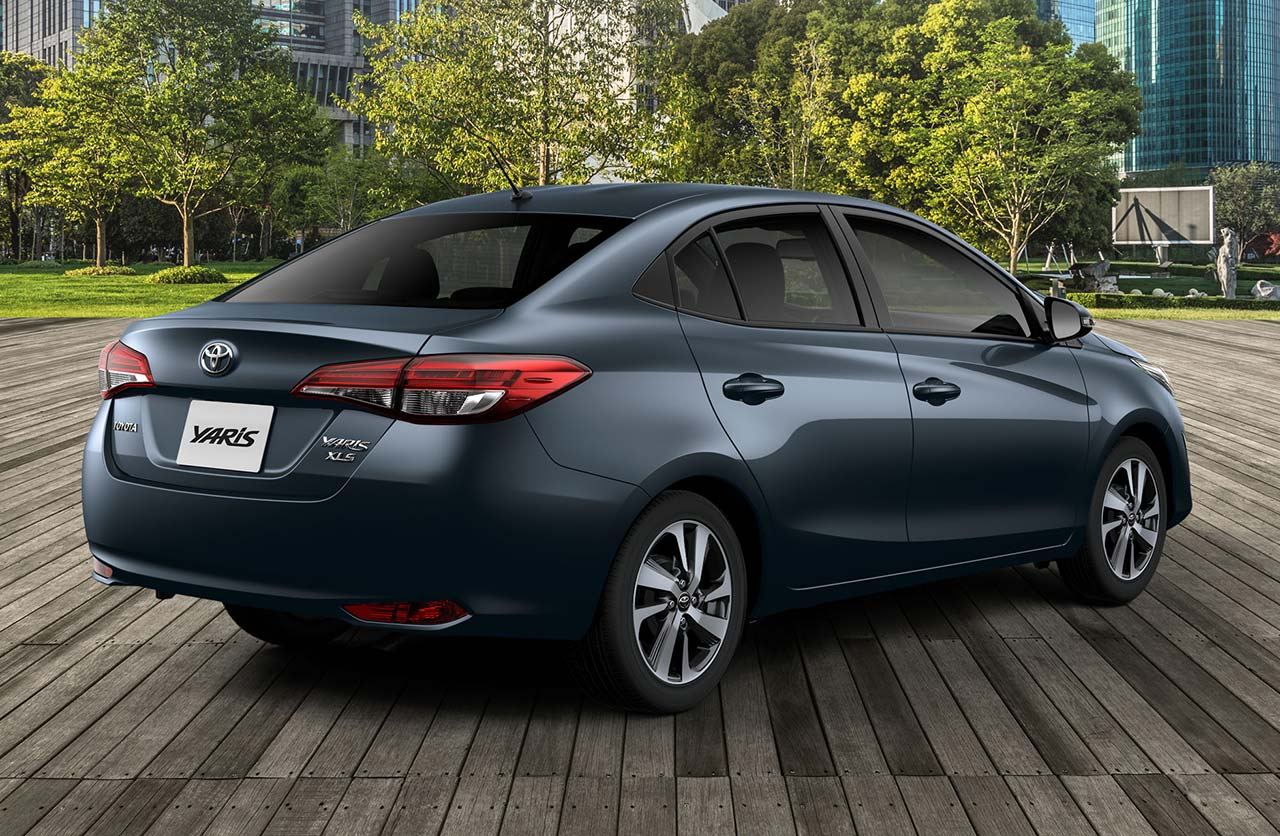 Toyota Yaris 2021 sedán
