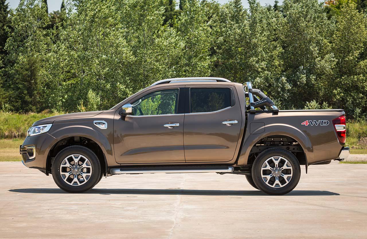 pick up Renault Alaskan