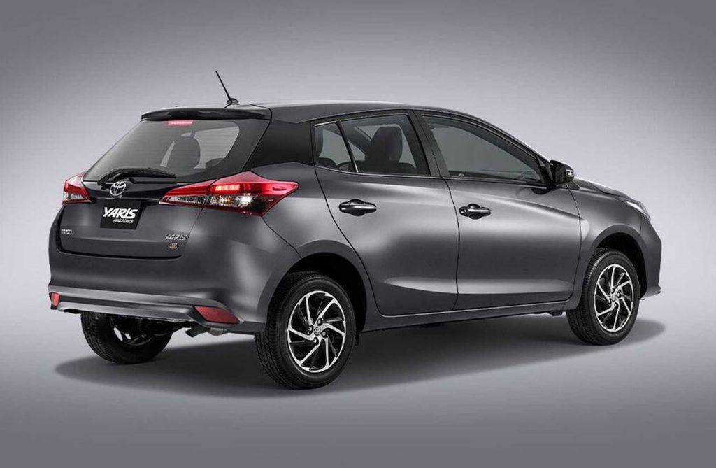 toyota-yaris-2021-mexico-trasera-hatch - mega autos