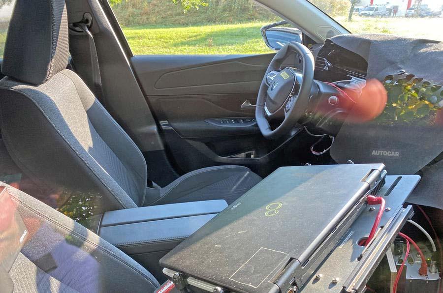Interior Nuevo Peugeot 308 (2022)